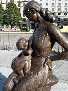 statue bambin